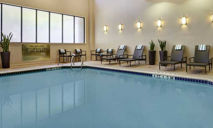 Hotel Embassy Suites by Hilton Washington D.C. Georgetown, EE. UU. - Piscina bajo techo