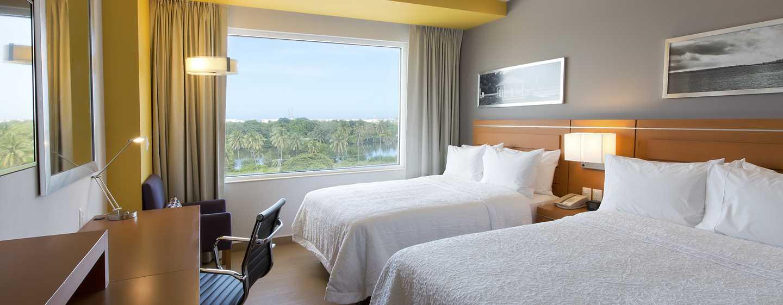 Hampton Inn & Suites by Hilton Paraiso, México - Habitación con camas dobles