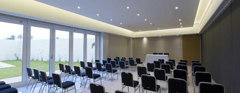 Hampton Inn & Suites by Hilton Paraiso, México - Sala de reuniones