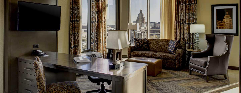 Hotellet Hampton Inn & Suites Austin vid universitetet/Capitol, USA – Svit King, vardagsrumsdel