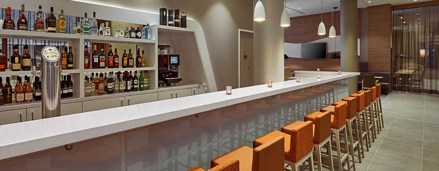 Hampton by Hilton Berlin City Centre Alexanderplatz Hotel, Deutschland – Hotelbar