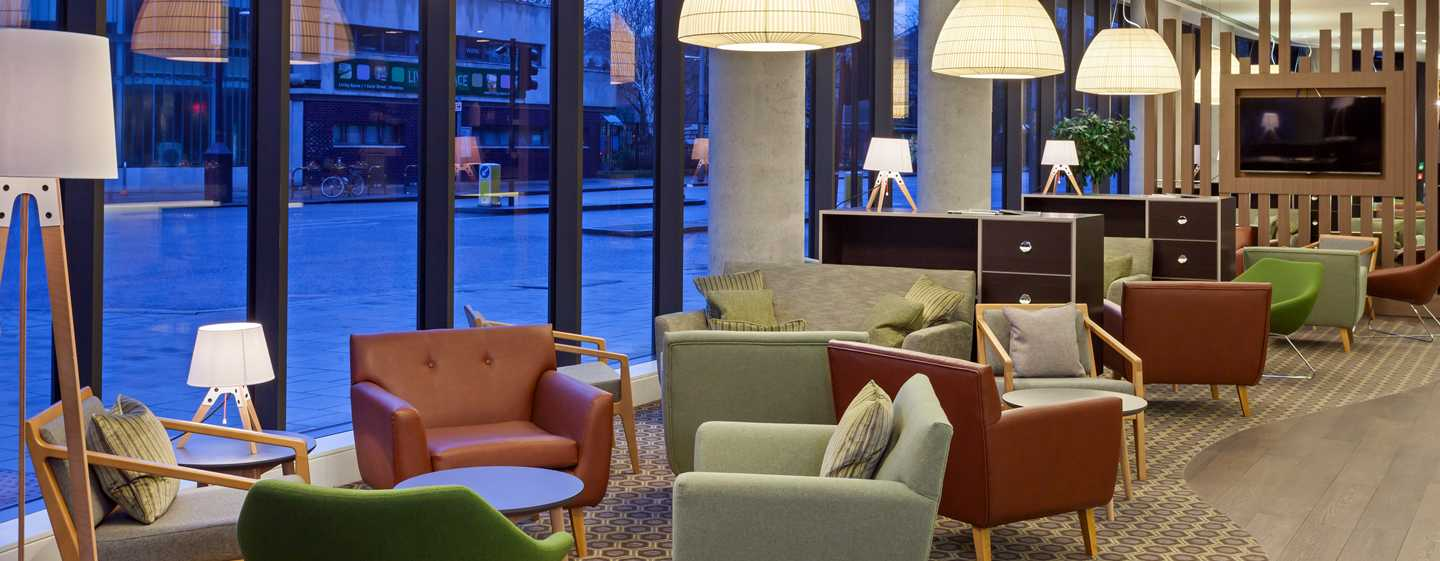 Hampton by Hilton Berlin City East Side Gallery Hotel, Deutschland – Hotellobby