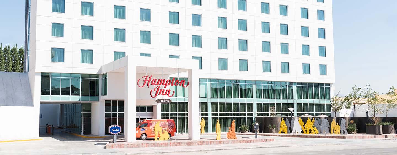 Hotel Hampton Inn by Hilton Leon Guanajuato, México - Fachada del hotel