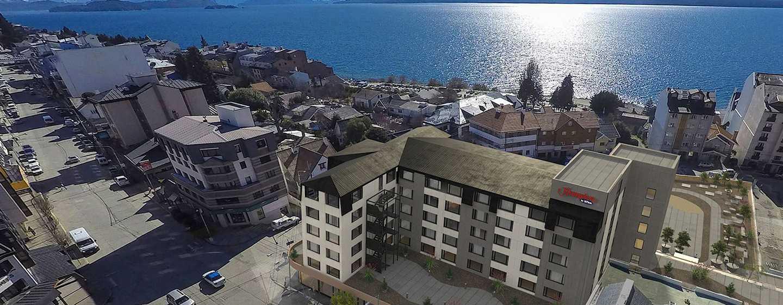 Hotel Hampton by Hilton Bariloche, Argentina - Vista aérea del hotel