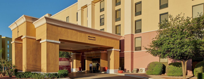 Hotel Hampton Inn by Hilton Ciudad Juárez, Chihuahua, México - Entrada del hotel