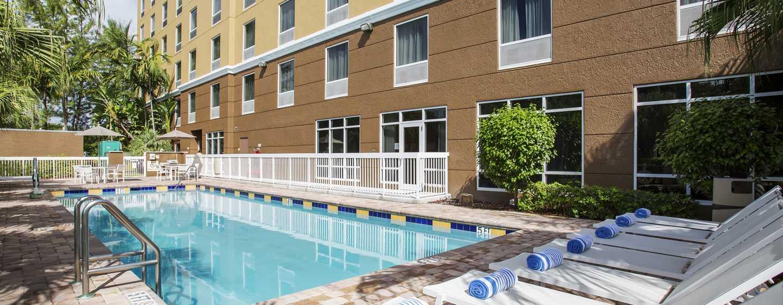 Hotel Hampton Inn Hallandale Beach Aventura Florida Ee Uu Piscina Al