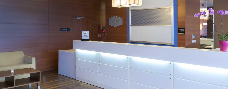 Hotel Hampton by Hilton Gdańsk Airport, Polska – Recepcja