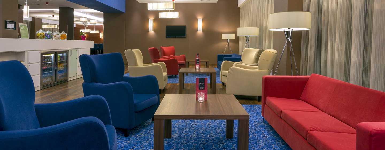 Hotel Hampton by Hilton Gdańsk Airport, Polska – Lobby