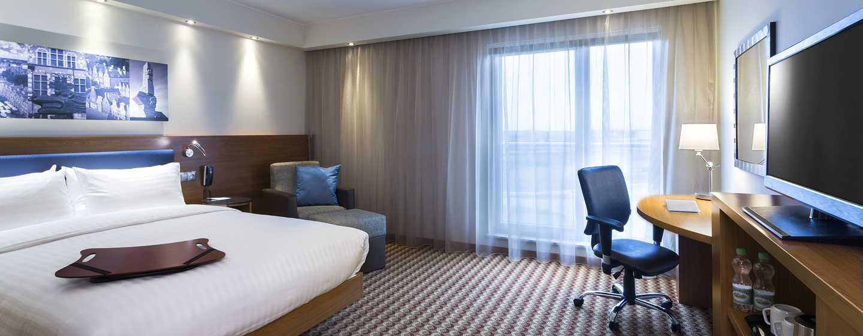 Hotel Hampton by Hilton Gdańsk Airport, Polska – Pokój dla gości z łóżkiem Queen