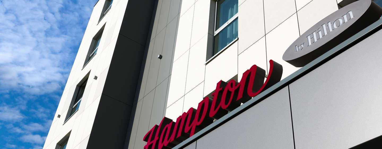 Hotel Hampton by Hilton Kraków, Polska — Fasada hotelu