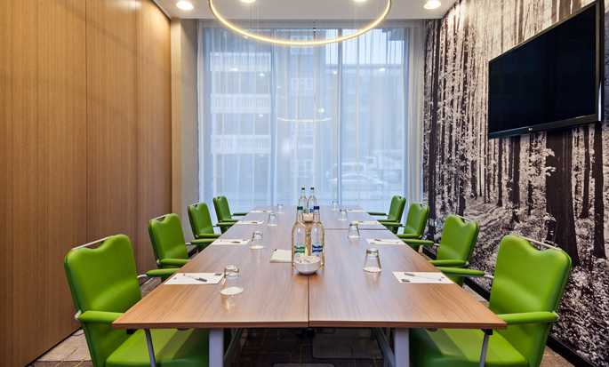 Hampton by Hilton London Waterloo Hotel, Großbritannien – Boardroom