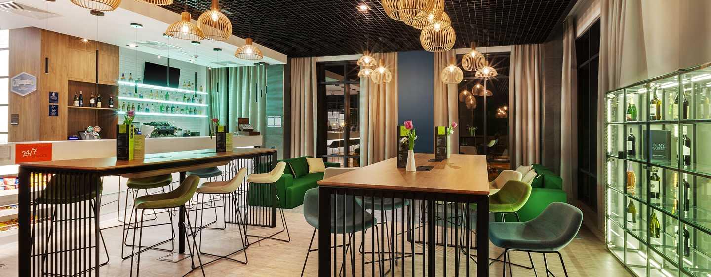 Hampton by Hilton Lublin, Polska – Bar