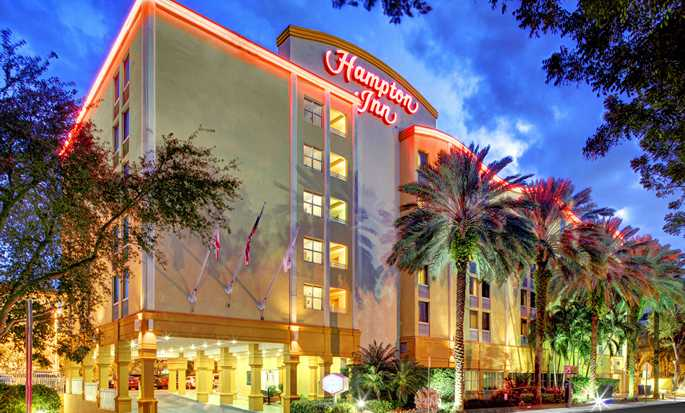 Hampton Inn Miami-Coconut Grove/Coral Gables hotel, Coconut Grove, Florida, EUA - Exterior do hotel