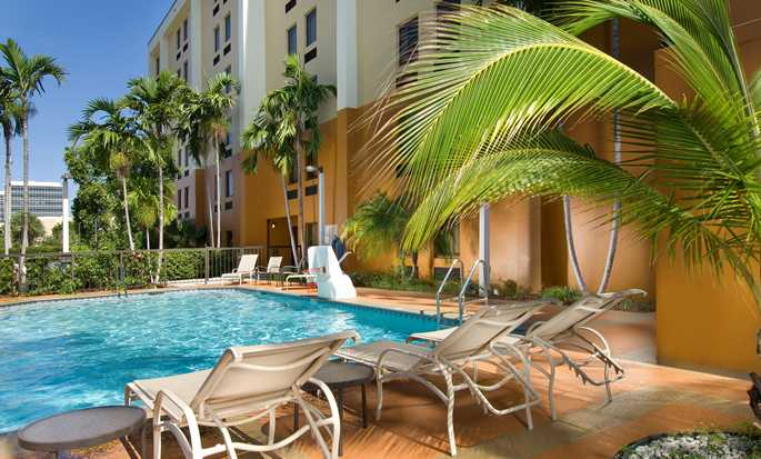 Hampton Inn Miami-Airport West, Doral, Flórida, EUA - Piscina