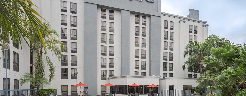 Hampton Inn by Hilton Monterrey/Galerías-Obispado, México - Piscina