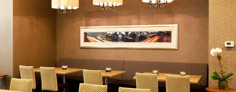 Hampton Inn Manhattan-35th St/Empire State Bldg, Vereinigte Staaten - Frühstücksbereich mit Sitzgelegenheiten
