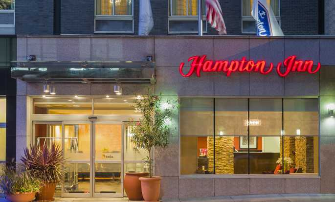 Hotel Hampton Inn Manhattan-Times Square South, Nueva York, EE. UU. - Fachada del hotel