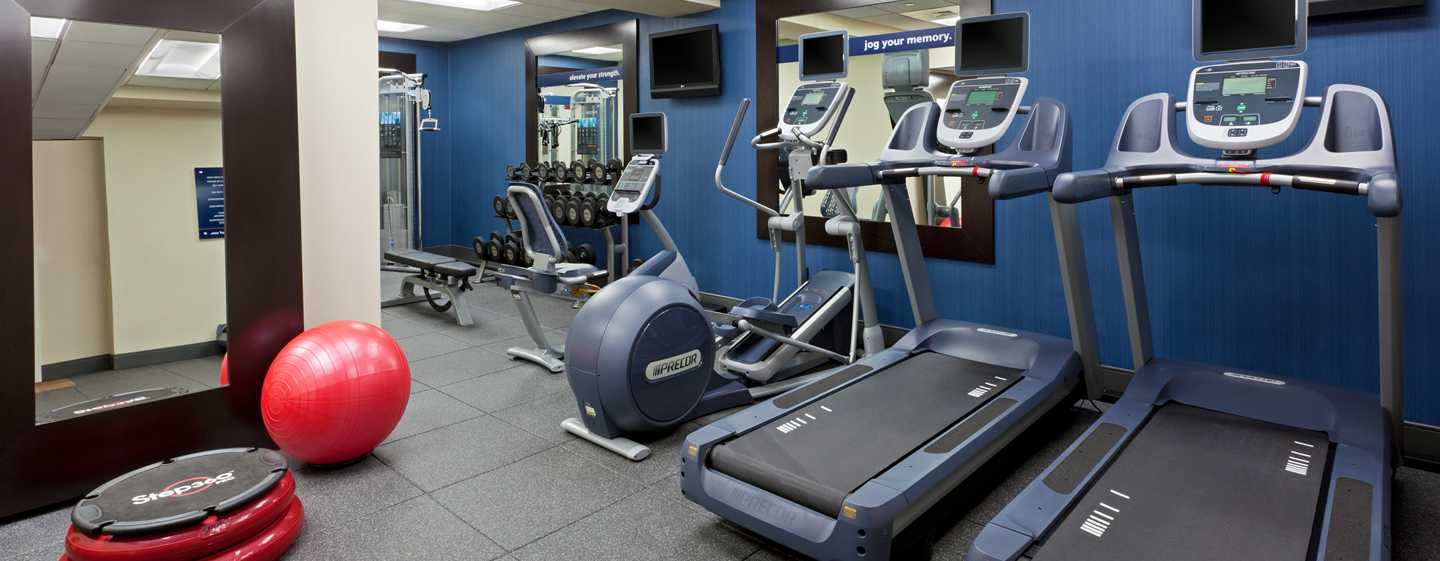 Hotel Hampton Inn Manhattan-Times Square North, Nueva York, EE. UU. - Gimnasio