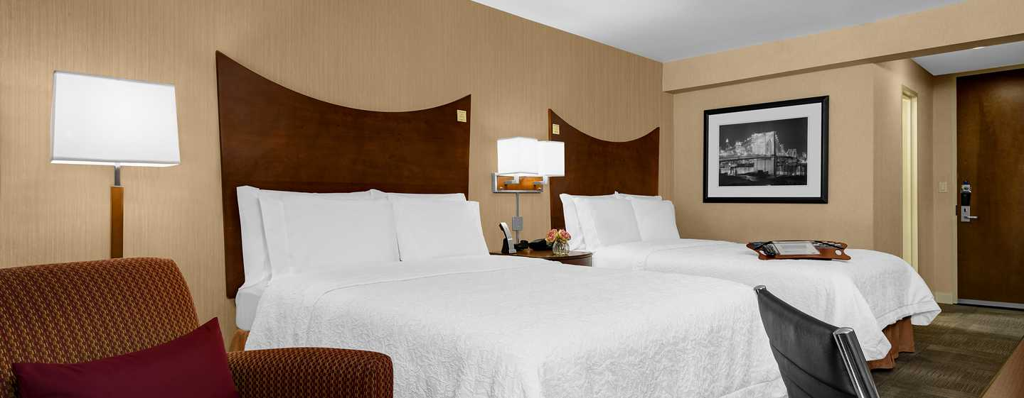 Hotel Hampton Inn Manhattan-Times Square North, Nueva York, EE. UU. - Habitación con camas Queen