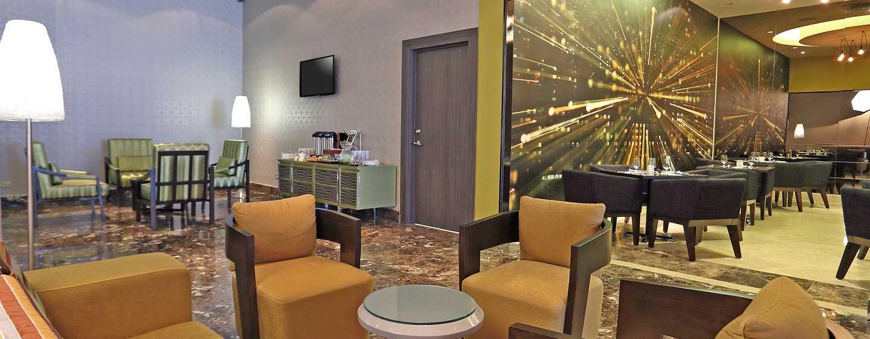 Hotel Hampton by Hilton Panama - Lobby