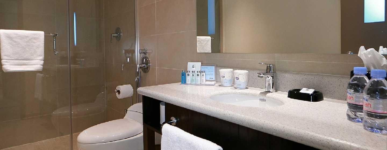 Hotel Hampton by Hilton Panama - Baño