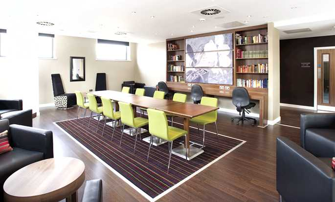 Hampton by Hilton Rome East, Roma - Meeting