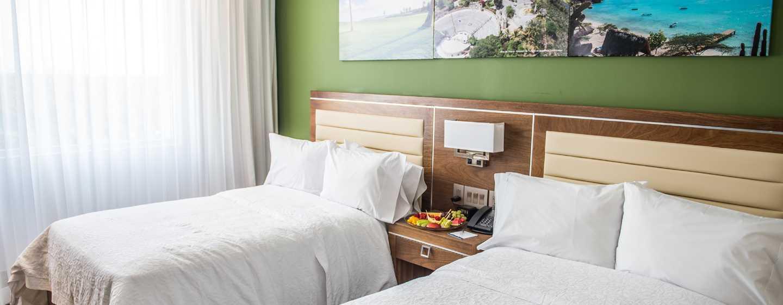 Hotel Hampton by Hilton Santo Domingo Airport, República Dominicana - Habitación con dos camas dobles