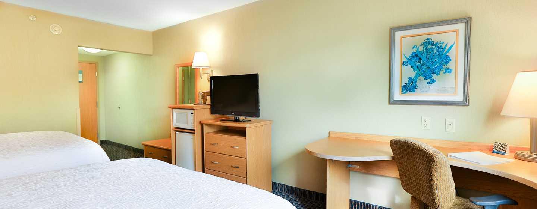 Hotel Hampton Inn & Suites by Hilton San Jose-Airport, Costa Rica - Dormitorio con dos camas Queen