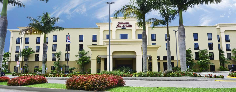 Hotel Hampton Inn & Suites by Hilton San Jose-Airport, Costa Rica - Fachada del hotel