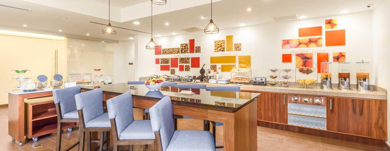 Hampton Inn & Suites by Hilton Los Cabos, México - Área de desayuno