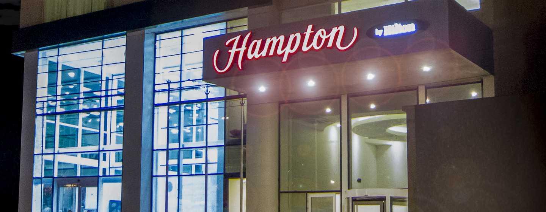 Hotel Hampton by Hilton Santa Cruz/Equipetrol, Bolivia - Fachada del hotel