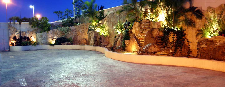 Hotel Hampton Inn by Hilton Tampico Aeropuerto, Tamaulipas, México - Patio