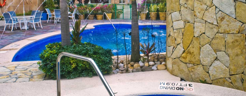 Hotel Hampton Inn by Hilton Tampico Aeropuerto, Tamaulipas, México - Piscina y piscina de hidromasaje