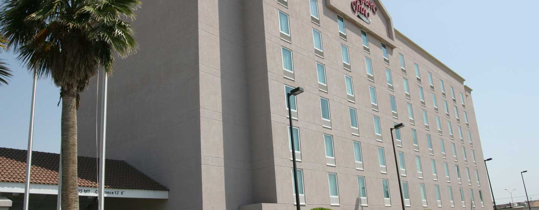 Hotel Hampton Inn by Hilton Torreon-Airport Galerias, Coahuila, México - Fachada del hotel