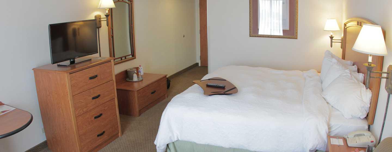 Hotel Hampton Inn by Hilton Torreon-Airport Galerias, Coahuila, México - Habitación con cama King
