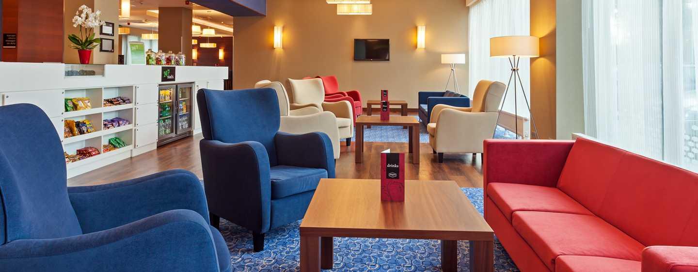 Hotel Hampton by Hilton Warsaw Airport, Polska – Bar z przekąskami
