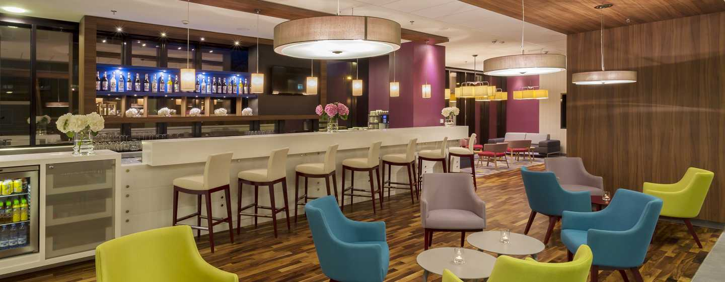 Hotel Hampton by Hilton Warsaw City Centre, Polonia - Bar dell'hotel