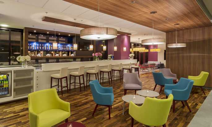 Hotel Hampton by Hilton Warsaw City Centre, Polska – Bar