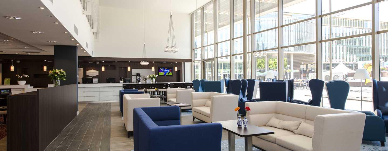 Hotel Hampton by Hilton Warsaw Mokotów, Polska – lobby hotelowe