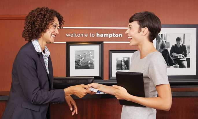 Hôtel Hampton Inn by Hilton Peterborough - Réception