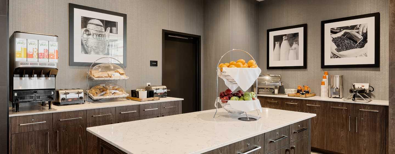 Hôtel Hampton Inn & Suites by Hilton Quebec City/Saint-Romuald - Espace Petit déjeuner