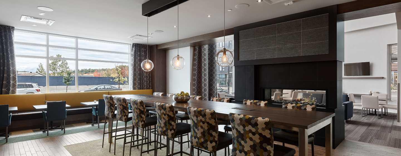 Hôtel Hampton Inn & Suites by Hilton Quebec City/Saint-Romuald - Salle à  manger