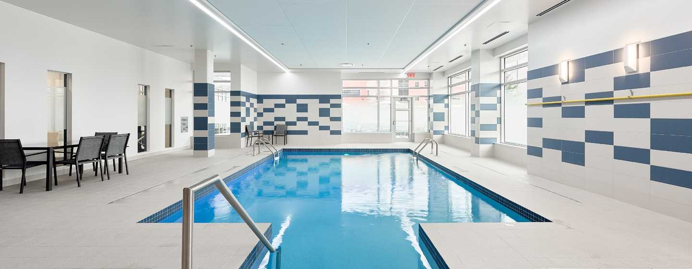 htel hampton inn suites by hilton quebec citysaint romuald piscine intrieure