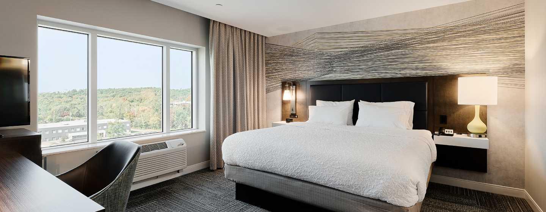 Hôtel Hampton Inn & Suites by Hilton Quebec City/Saint-Romuald - Très grand lit