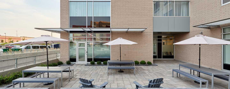 Hôtel Hampton Inn & Suites by Hilton Quebec City/Saint-Romuald - Patio