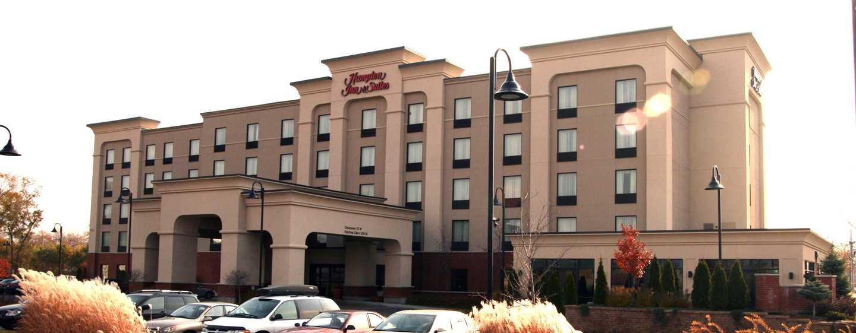 Hôtel Hampton Inn & Suites by Hilton Laval, Québec, Canada - Extérieur