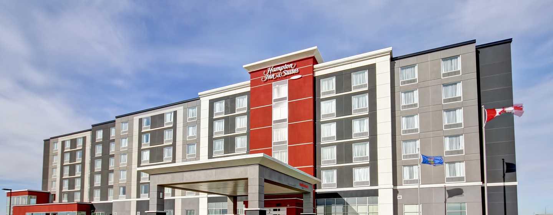 Hôtel Hampton Inn & Suites by Hilton Medicine Hat, Alberta, Canada - Extérieur de l'hôtel en journée