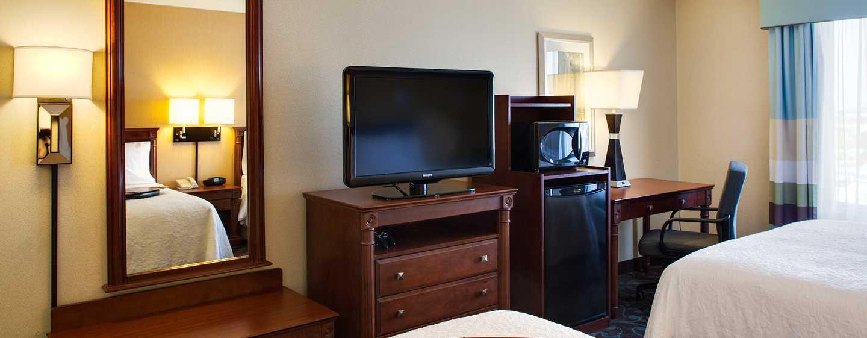 Hôtel Hampton Inn & Suites by Hilton Toronto Airport, Ontario, Canada - Deux grands lits