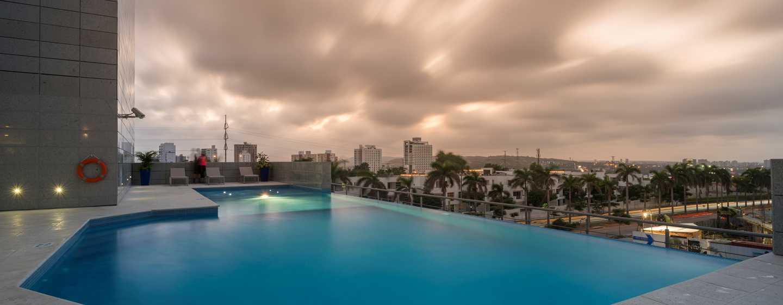 Hotel Hilton Garden Inn Barranquilla, Colombia - Piscina al aire libre