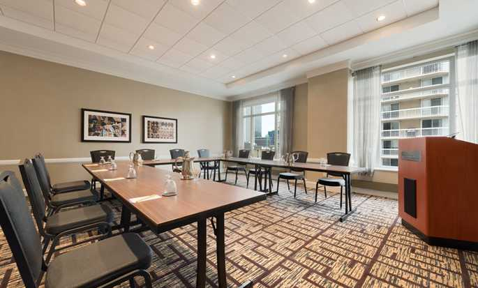 Hilton Garden Inn Chicago Downtown/Magnificent Mile Hotel, USA – U-Form